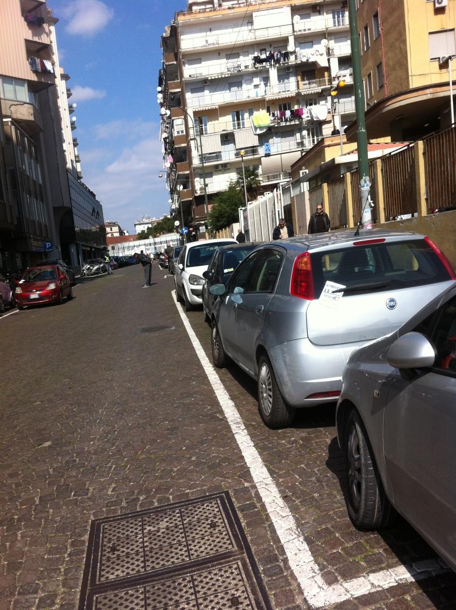 Estorsori parcheggiatori abusivi: Io sto con Alessia